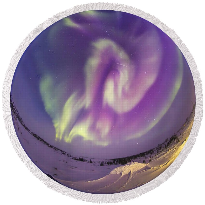 Aurora Round Beach Towel featuring the photograph Fish-eye Lens View Of An Aurora by Alan Dyer
