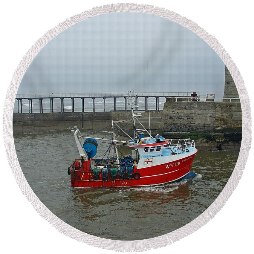 Motion Round Beach Towel featuring the photograph Fishing Boat Wy110 Emulater - Entering Whitby Harbour by Rod Johnson