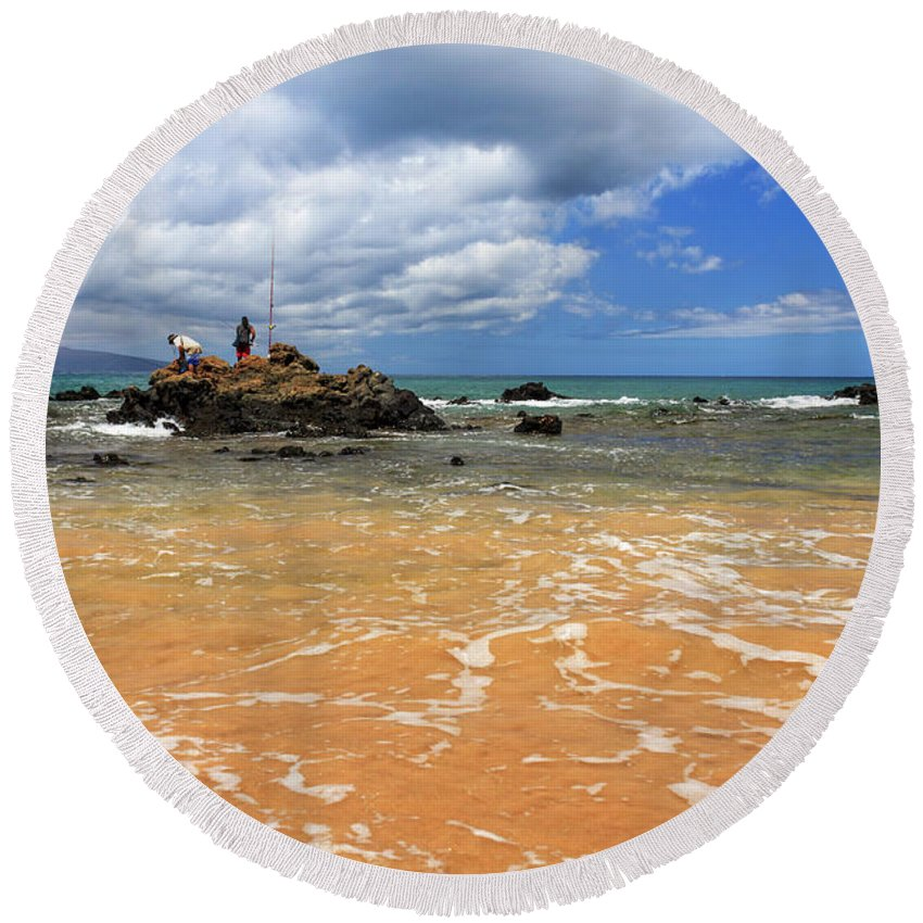 Fishing Round Beach Towel featuring the photograph Fishing In Maui by James Eddy