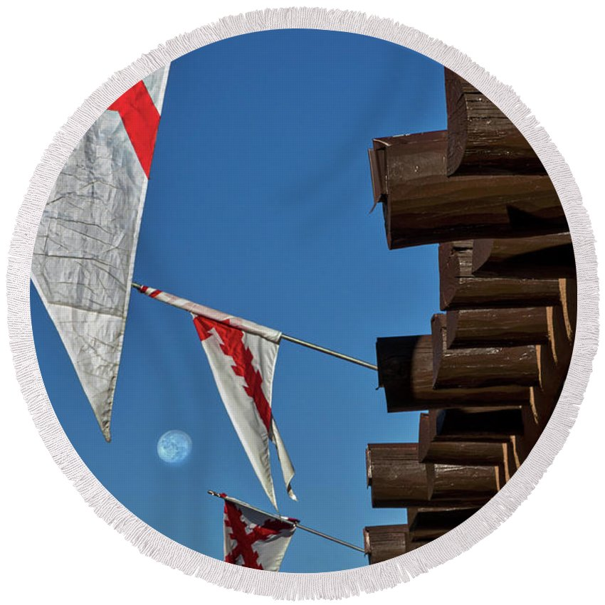 New Round Beach Towel featuring the photograph Flags At The Palace Of Governors by Stuart Litoff