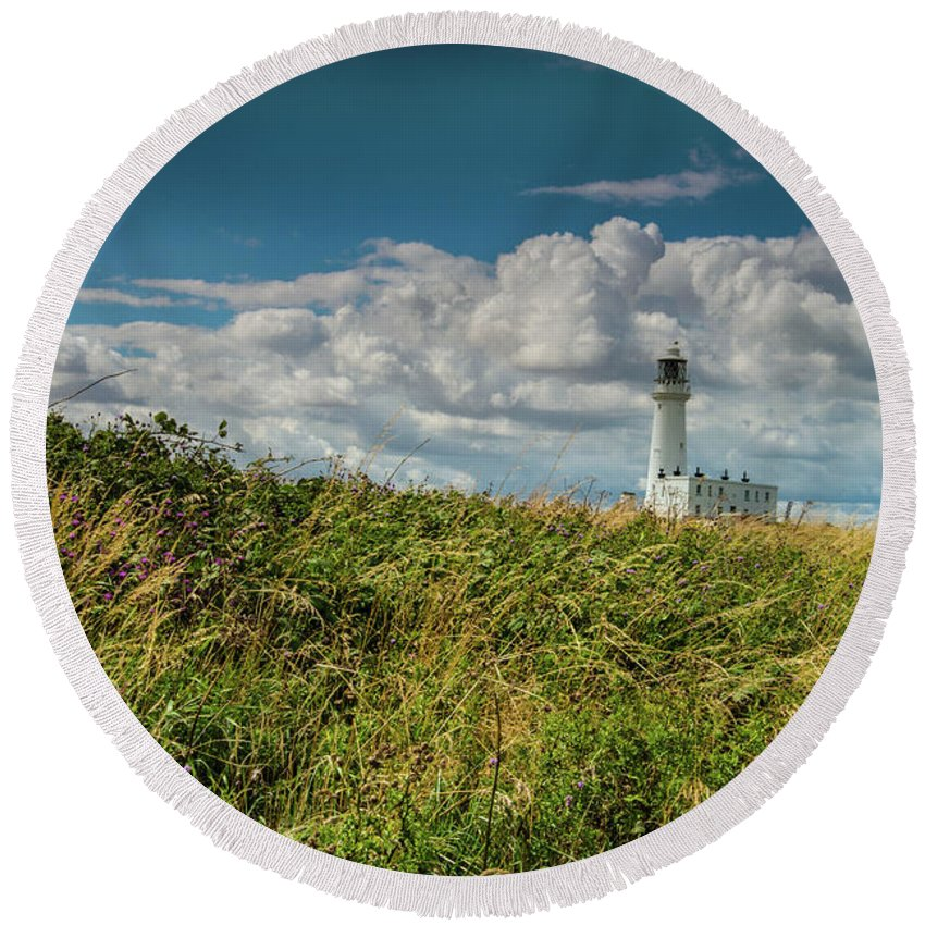Landscape Round Beach Towel featuring the photograph Flamborough Lighthouse, North Yorkshire. by Andy Bradley