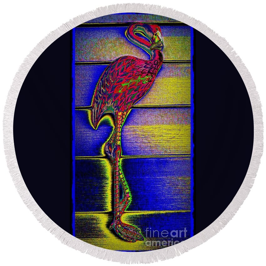 Flamingo Round Beach Towel featuring the photograph Flamingo IIi by Leslie Revels