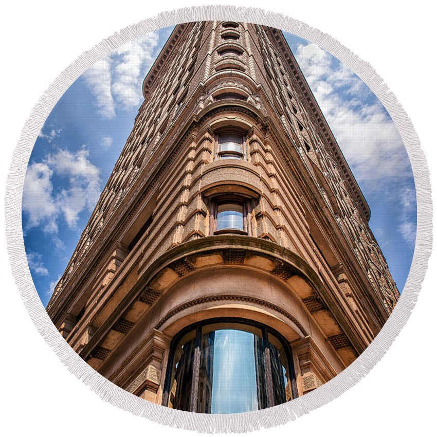 Flatiron Building Round Beach Towel featuring the photograph Flatiron Building Nyc Color by Alissa Beth Photography