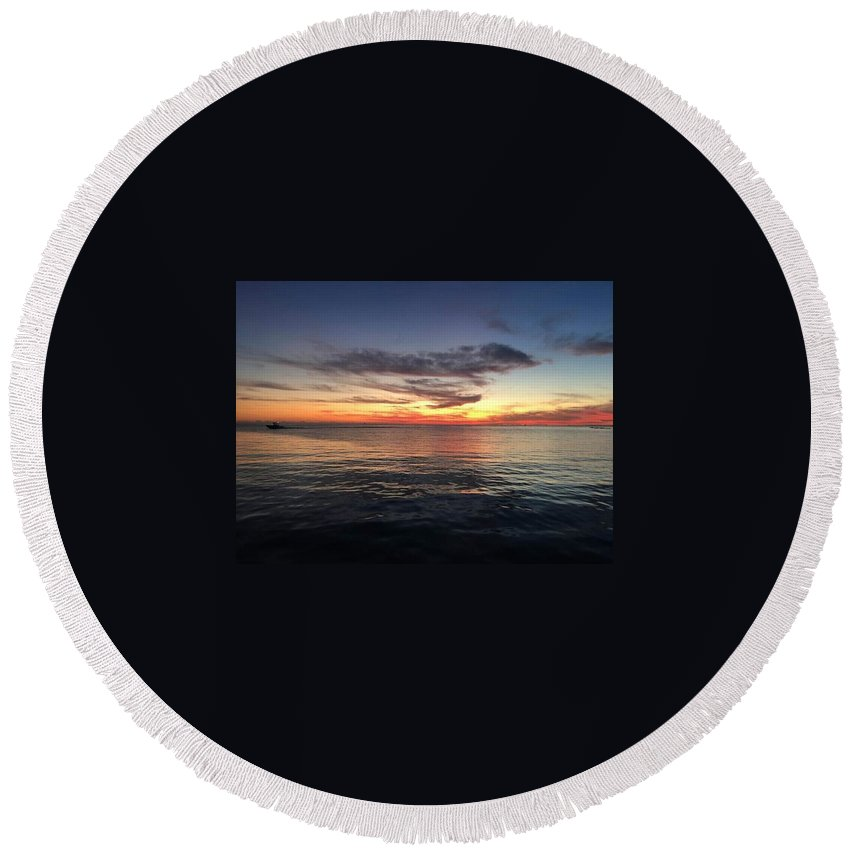 Blue Round Beach Towel featuring the photograph Flatlines by Jeffrey Hite