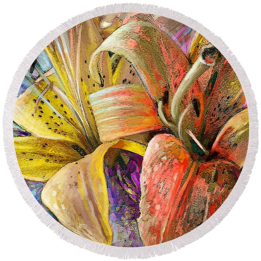 Flowers Painting Round Beach Towel featuring the painting Fleurs De Lys 01 by Miki De Goodaboom
