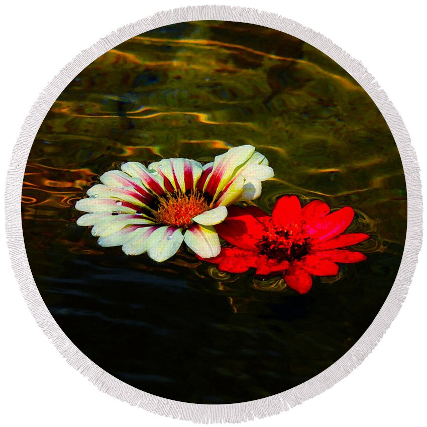 Flowers Round Beach Towel featuring the photograph Floating Flowers by Susan Vineyard