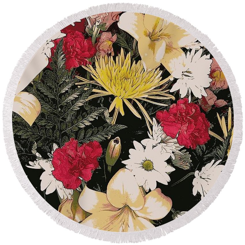 Flowers Round Beach Towel featuring the photograph Floral 2 by Kevin B Bohner