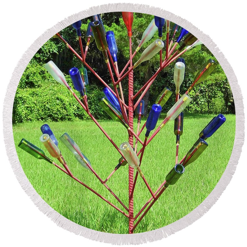 Yard Art Round Beach Towel featuring the photograph Florida Bottle Tree by D Hackett