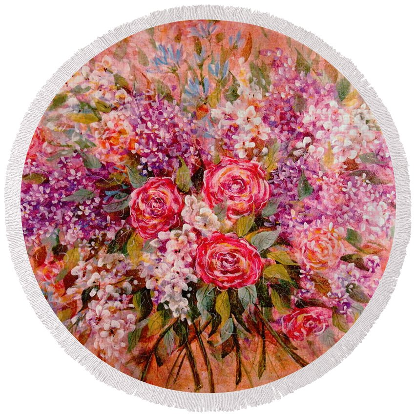 Romantic Flowers Round Beach Towel featuring the painting Flowers Of Romance by Natalie Holland