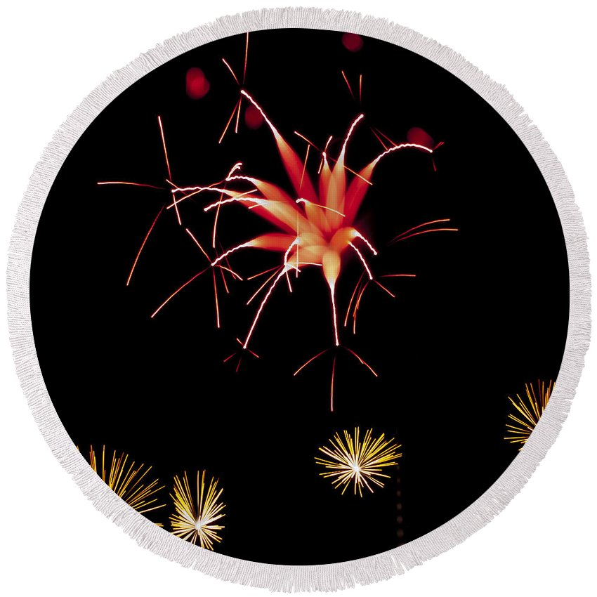 Fireworks Round Beach Towel featuring the photograph Flowerworks #10 by Sandy Swanson