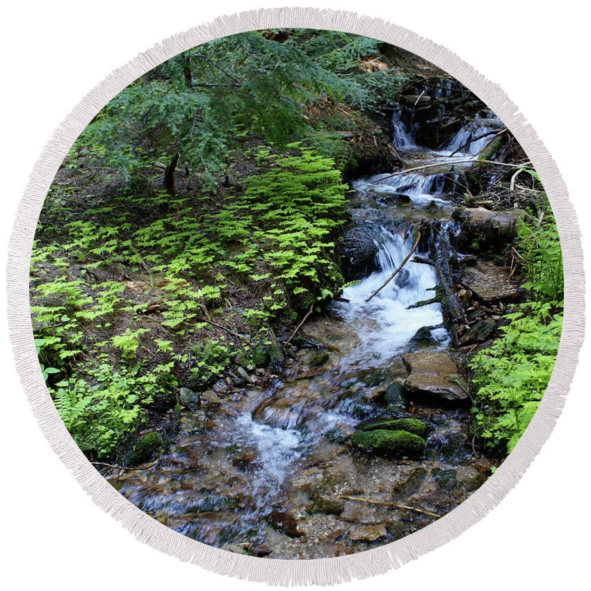Nature Round Beach Towel featuring the photograph Flowing Creek by Ben Upham III