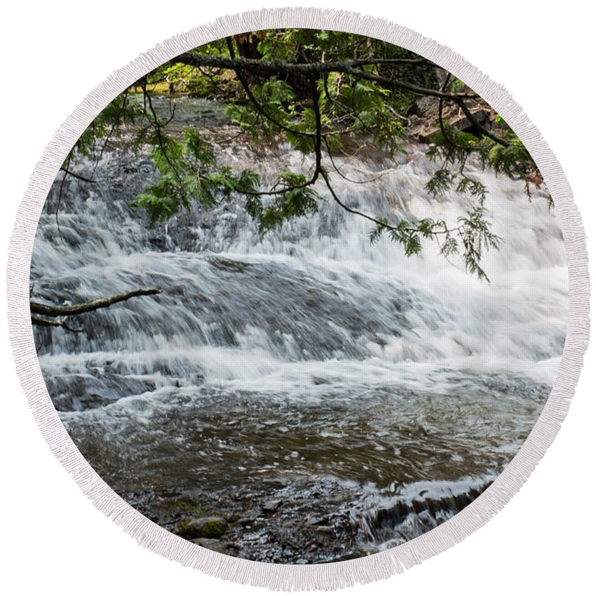 Flowing Round Beach Towel featuring the photograph Flowing Water by Wesley Farnsworth