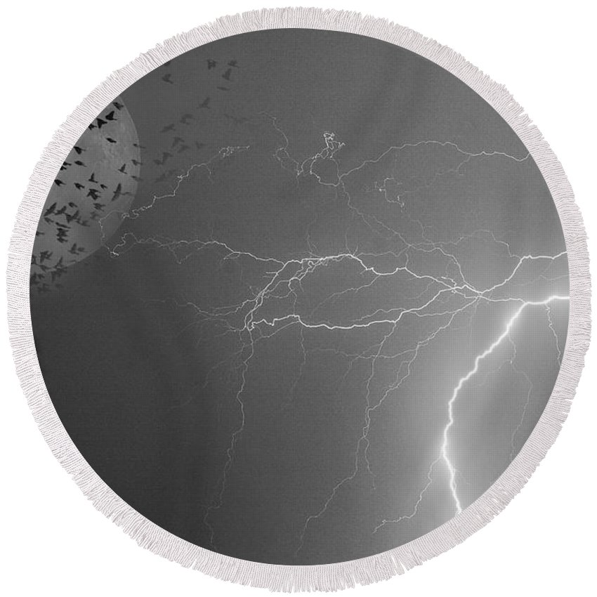 Black And White Round Beach Towel featuring the photograph Flying From The Storm Bw by James BO Insogna