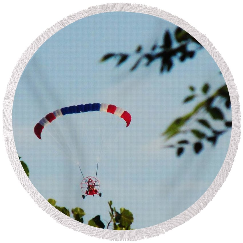 Flying Round Beach Towel featuring the photograph Paraplane Flying High by Don Baker