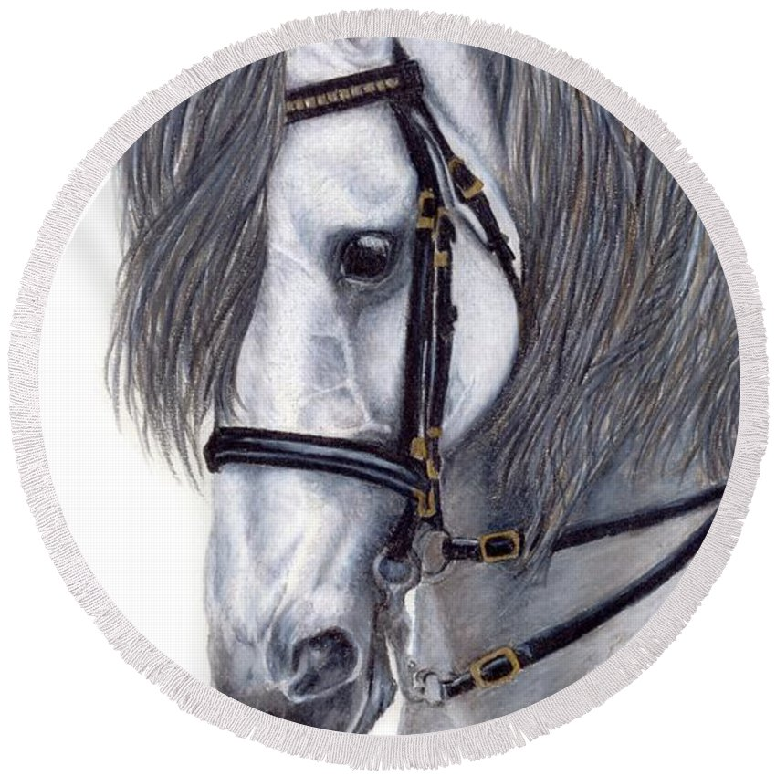 Horse Round Beach Towel featuring the drawing Focus by Kristen Wesch