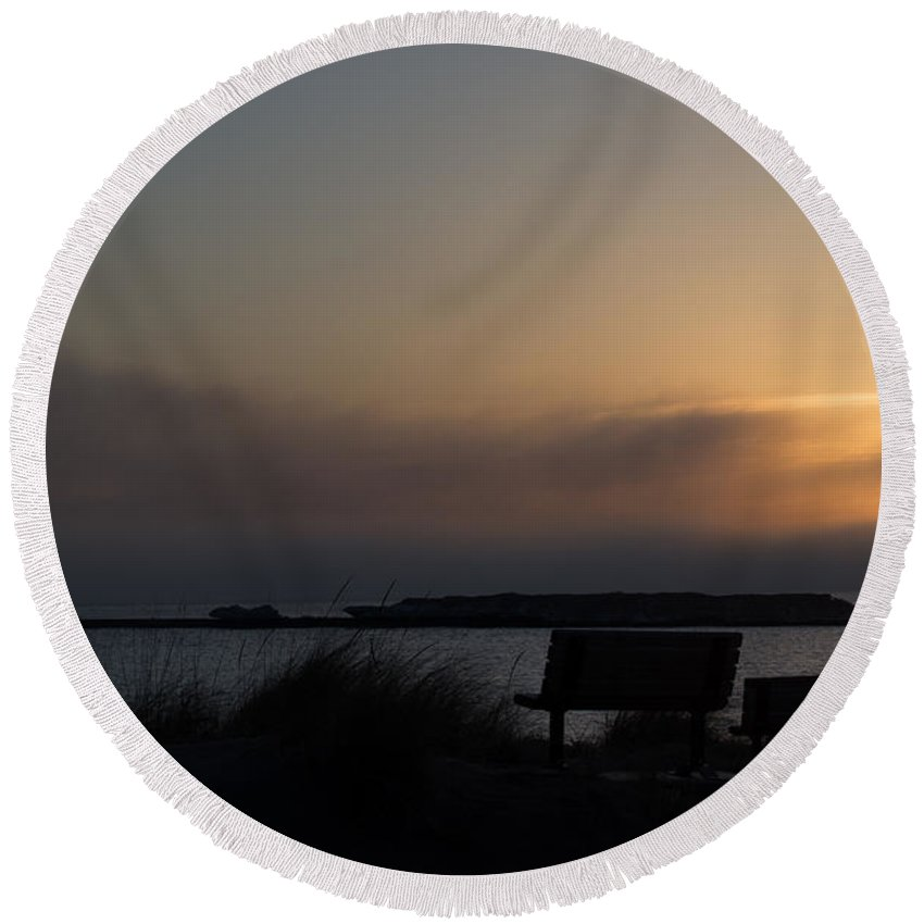 Sunset Round Beach Towel featuring the photograph Fog Rolling In by Linda Kerkau