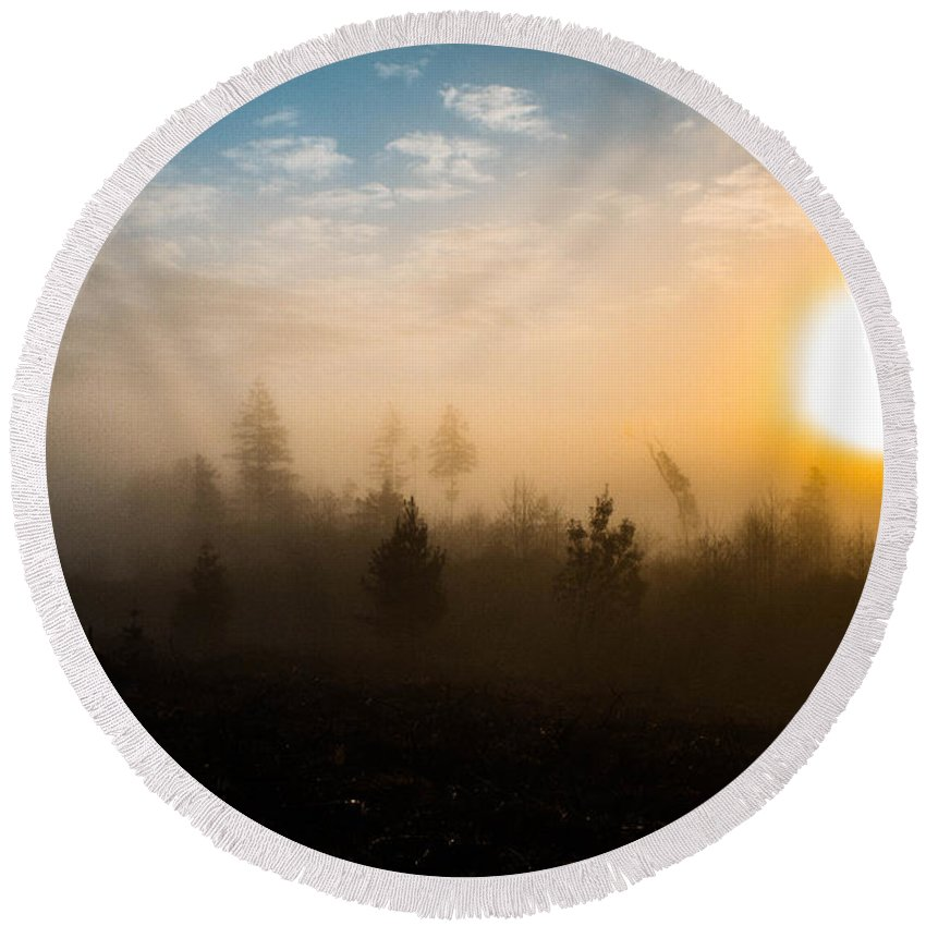 Sun Round Beach Towel featuring the photograph Foggy Morning by Danielle Silveira
