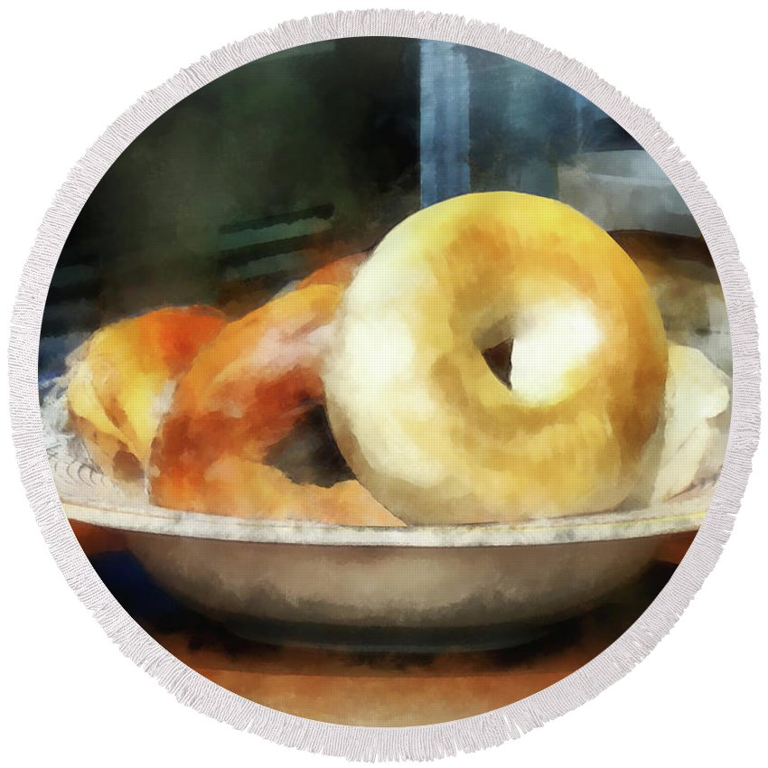 Bagels Round Beach Towel featuring the photograph Food - Bagels For Sale by Susan Savad