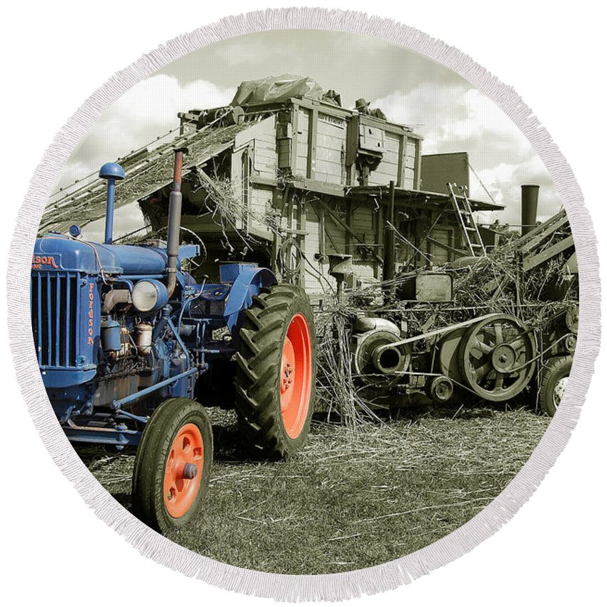 Fordson Round Beach Towel featuring the photograph Fordson And The Threshing Machine by Rob Hawkins