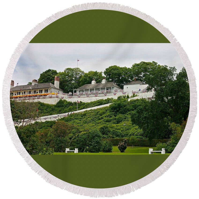 Fort Mackinac Round Beach Towel featuring the photograph Fort Mackinac by Kendall Tabor