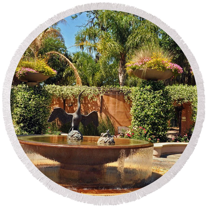Garden Round Beach Towel featuring the photograph Fountain Of Zoo 2 by Lydia Holly
