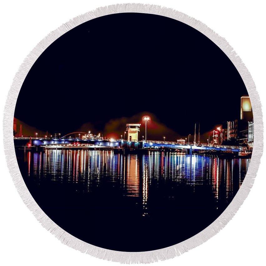 Bridge Round Beach Towel featuring the photograph Fox River Green Bay at Night by Nikki Vig