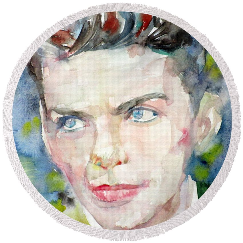 Frank Round Beach Towel featuring the painting Frank Sinatra - Watercolor Portrait.8 by Fabrizio Cassetta