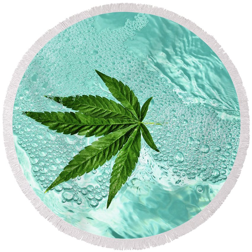 Marijuana Round Beach Towel featuring the photograph Freeeee by Michelle Keena
