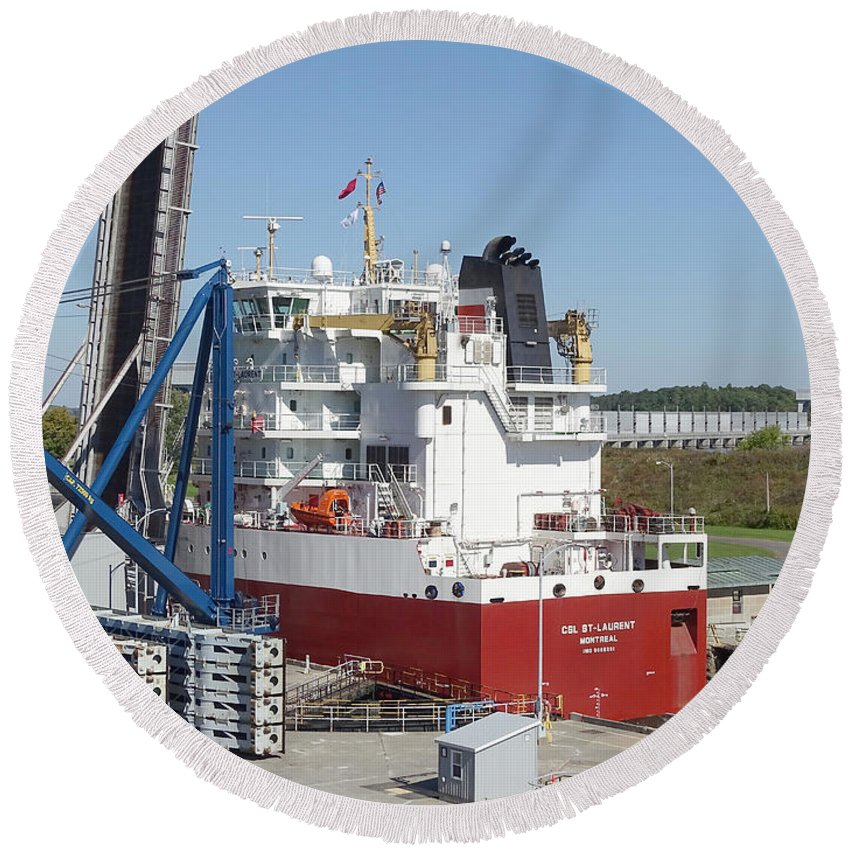 Saint Lawrence Seaway Round Beach Towel featuring the photograph Freighter In Lock Of Saint Lawrence by Scimat
