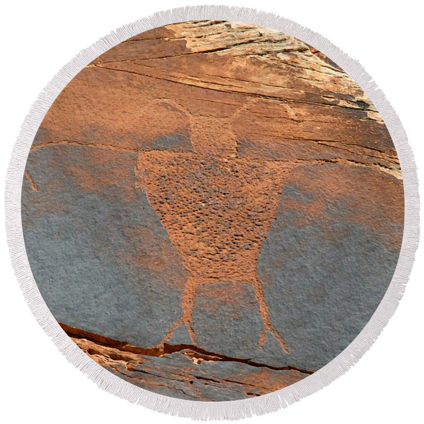 Petroglyph Round Beach Towel featuring the photograph Fremont Man by David Lee Thompson