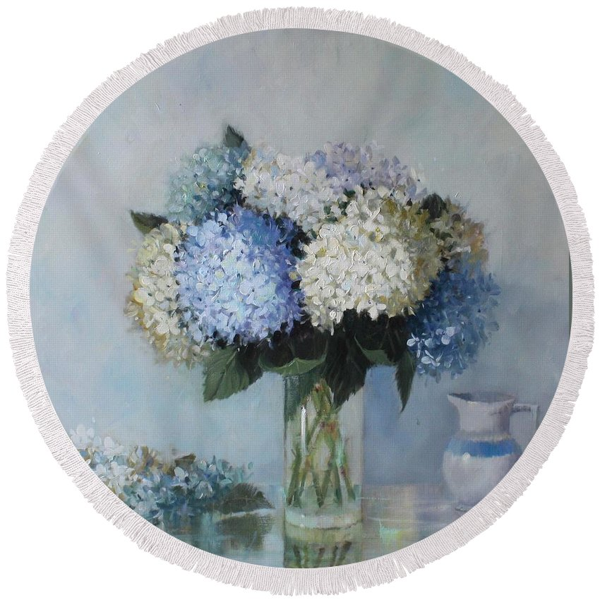 Hydrangea Round Beach Towel featuring the painting Fresh Summer Hydrangea 2 by Hope Reis