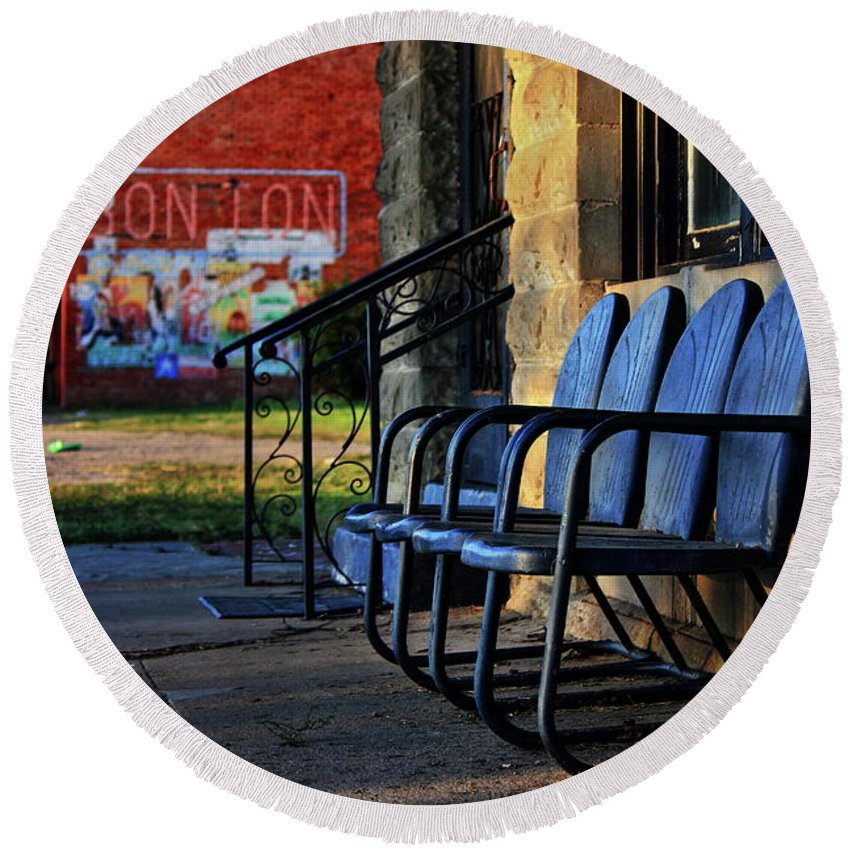 Porch Round Beach Towel featuring the photograph Front Porch by Daniel Koglin