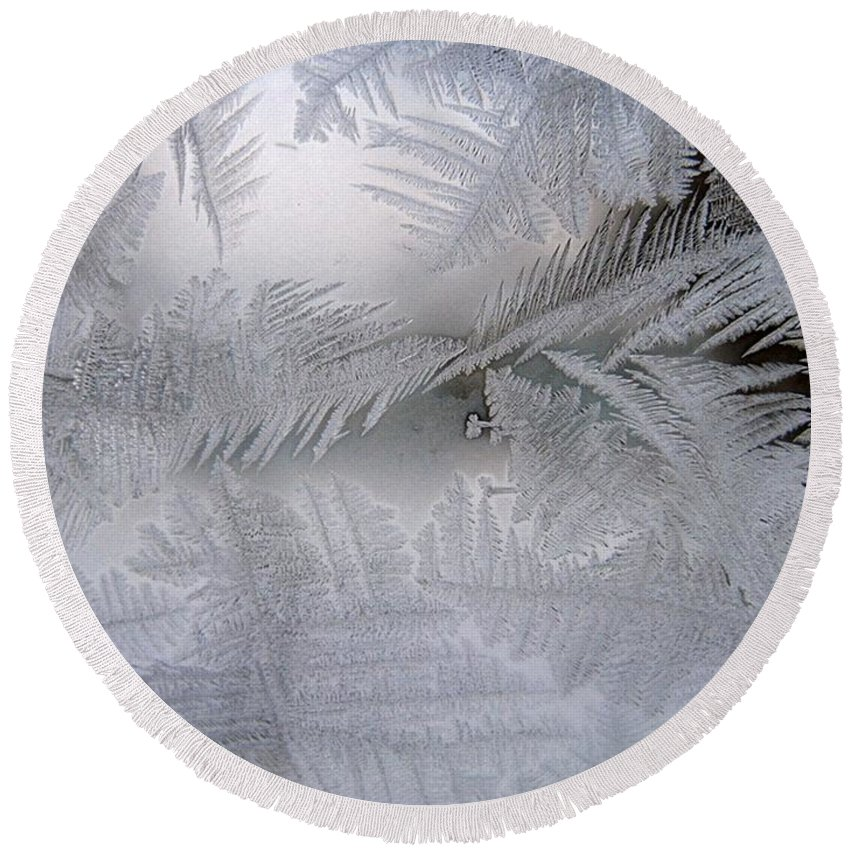 Frost Round Beach Towel featuring the photograph Frosted Pane by Rhonda Barrett