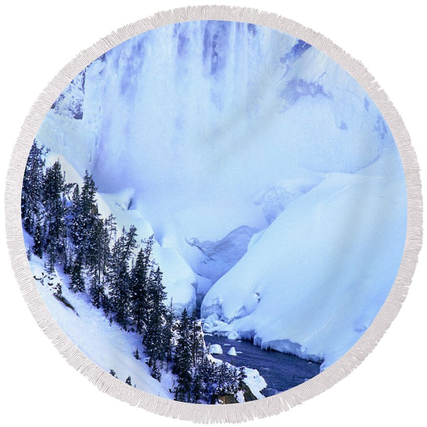 North America Round Beach Towel featuring the photograph Frozen In Time Yellowstone National Park by Dave Welling