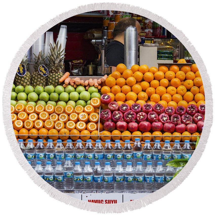 Galata Istanbul Turkey Fruit Juice Stand Fruits Juices Stands City Street Scene Cityscape Cityscapes Store Stores Shop Shops Orange Oranges Lime Limes Pomegranate Pomegranates Food Foods Drink Drinks Water Round Beach Towel featuring the photograph Fruit Just Stand by Bob Phillips