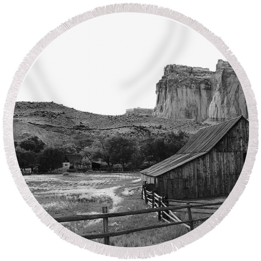 Round Beach Towel featuring the photograph Fruita Farm In Black And White by Matthew Justis