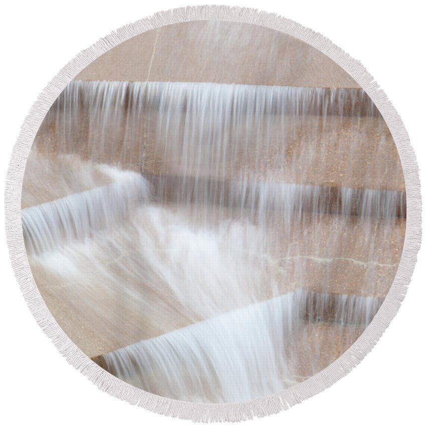 Travel Destinations Round Beach Towel featuring the photograph Ft Worth Water Gardens by Anthony Totah