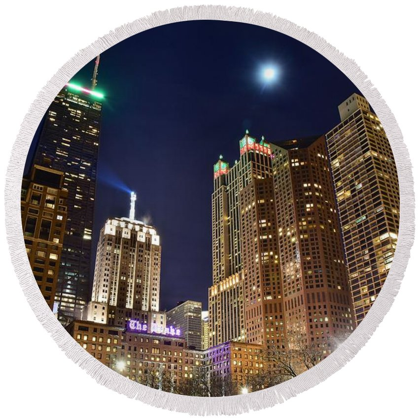 Chicago Round Beach Towel featuring the photograph Full Moon Over Chi Town by Frozen in Time Fine Art Photography
