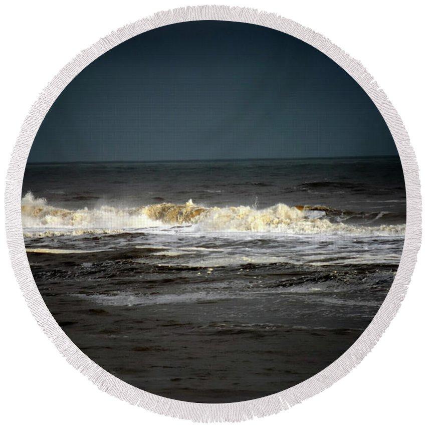 Sea Round Beach Towel featuring the photograph Gaining Momentum by Lori Tambakis