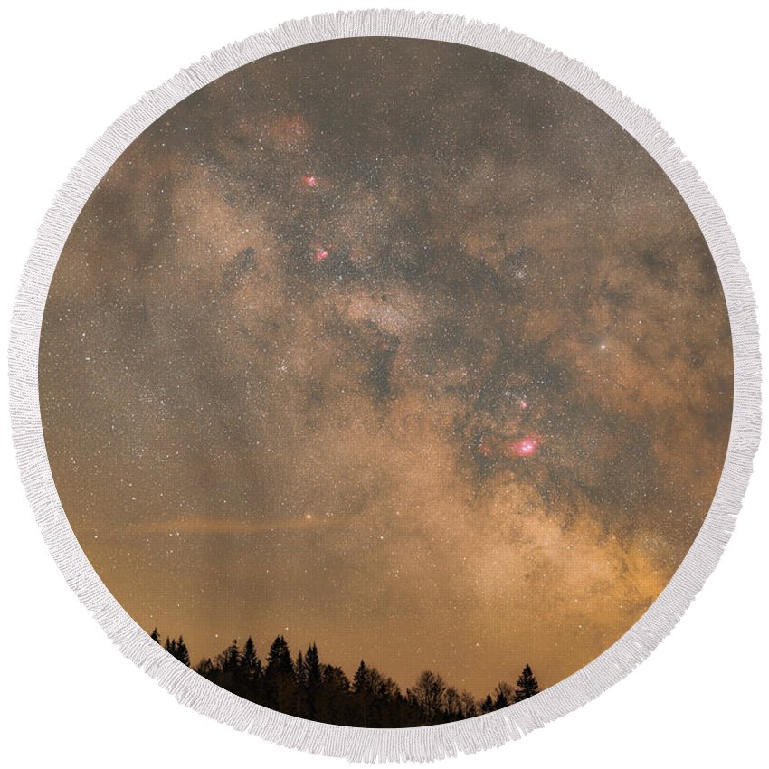 Stars Round Beach Towel featuring the photograph Galactic Center by Bartosz Wojczynski