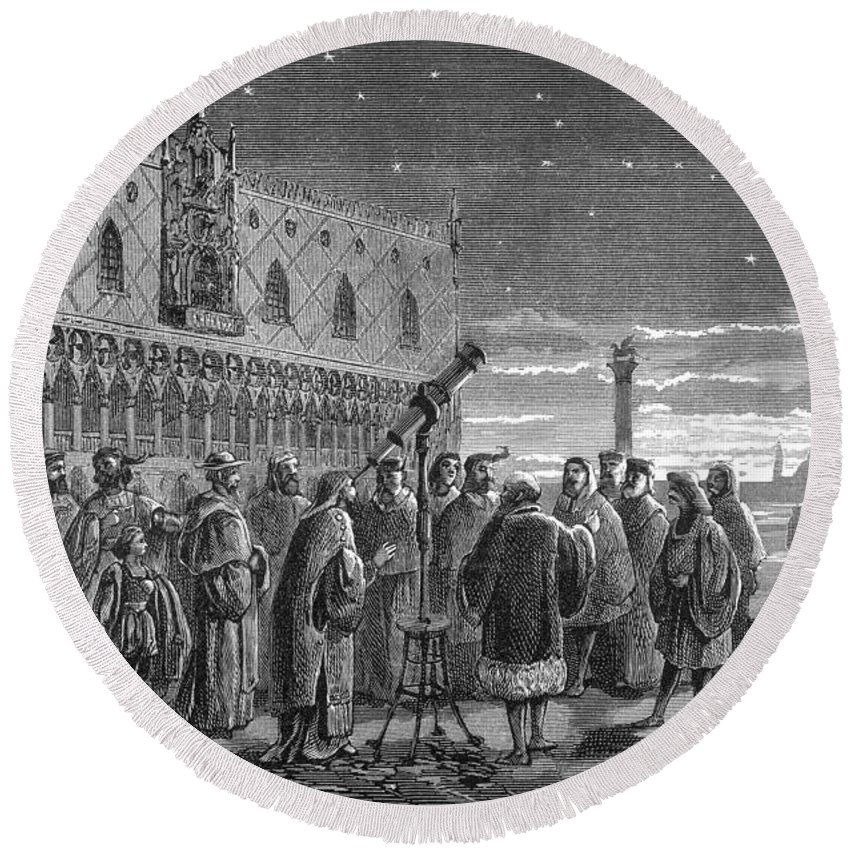 Science Round Beach Towel featuring the photograph Galileo Demonstrates Telescope, 1609 by Science Source
