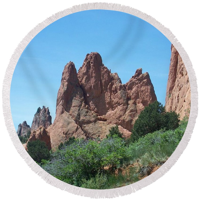 Colorado Round Beach Towel featuring the photograph Garden Of The Gods 2 by Anita Burgermeister