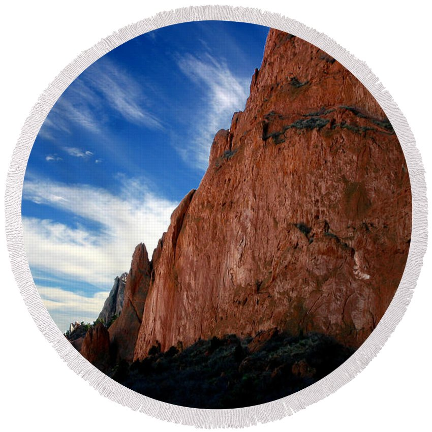 Garden Of The Gods Round Beach Towel featuring the photograph Garden Of The Gods by Anthony Jones