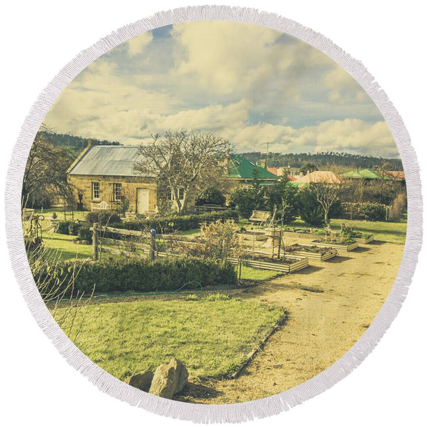 Australia Round Beach Towel featuring the photograph Garden Paths And Courtyards by Jorgo Photography - Wall Art Gallery