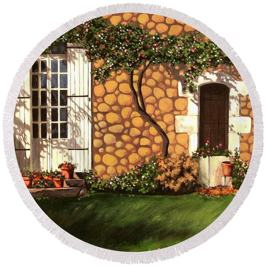 Garden Round Beach Towel featuring the painting Garden Wall by Daniel Carvalho
