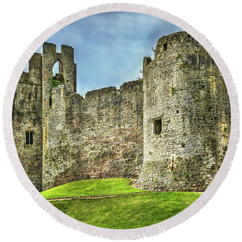 Chepstow Round Beach Towel featuring the photograph Gateway To Chepstow Castle by Ian Lewis