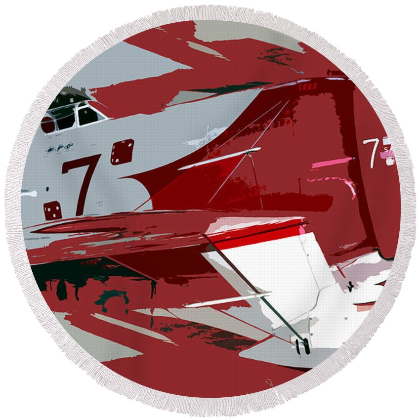 Gee Bee Racer Round Beach Towel featuring the painting Gee Bee Racer by David Lee Thompson