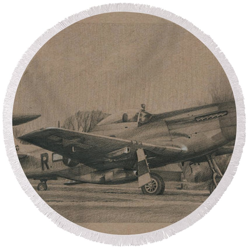 Aviation Art Round Beach Towel featuring the drawing Georgie by Wade Meyers