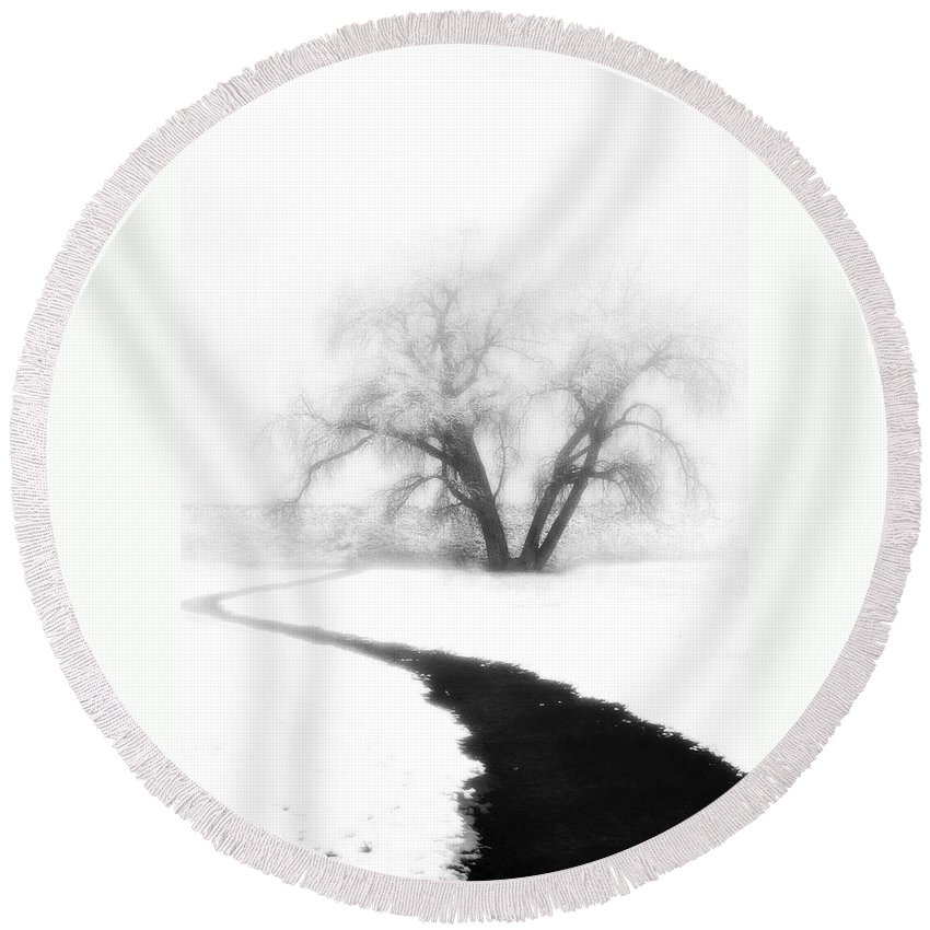 Tree Round Beach Towel featuring the photograph Getting There by Marilyn Hunt