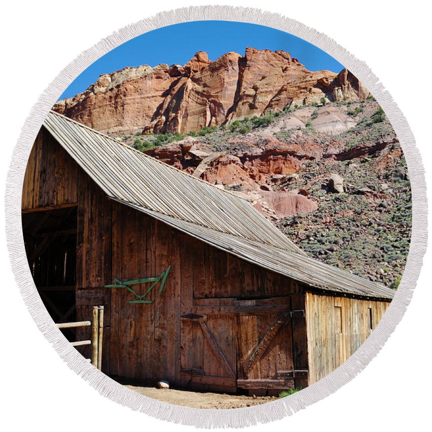 Capitol Reef National Park Round Beach Towel featuring the photograph Gifford Homestead Capitol Reef National Park by Kyle Hanson